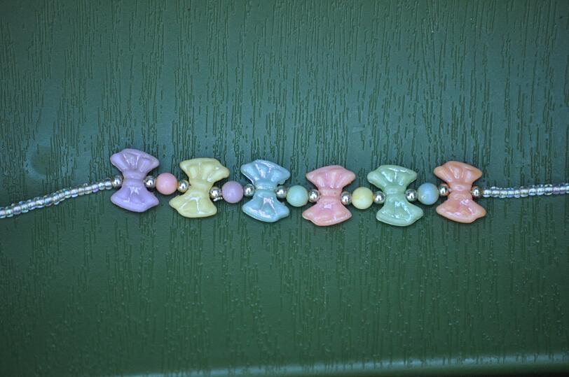 http://birdhouseimages.tripod.com/webonmediacontents/copy27_DSC_1512t.jpg
